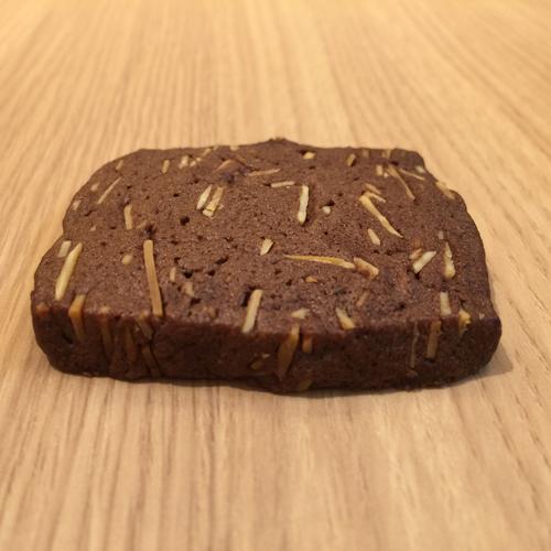 ベルギーチョコとカカオ豆